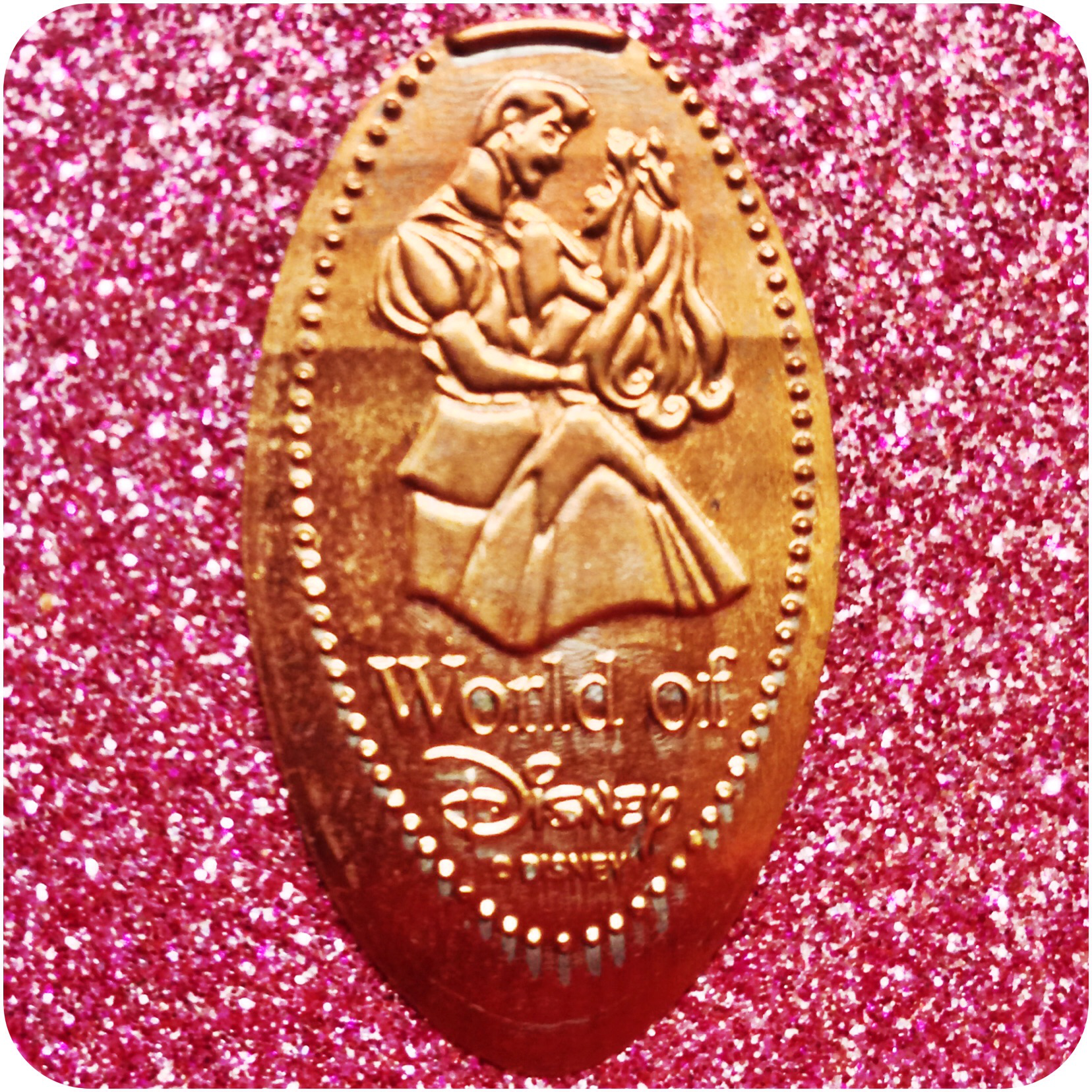 Sleeping Beauty/Princess Aurora in Prince Phillip's Arms World of Disney DTD0063